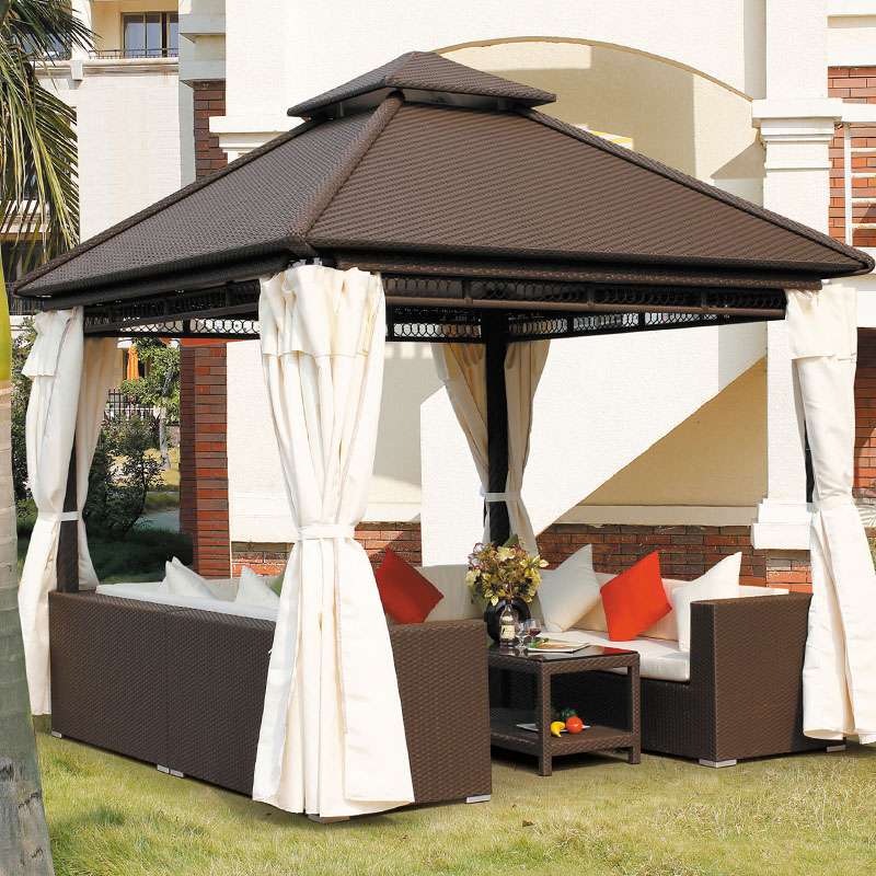 Luxury Rattan Gazebo