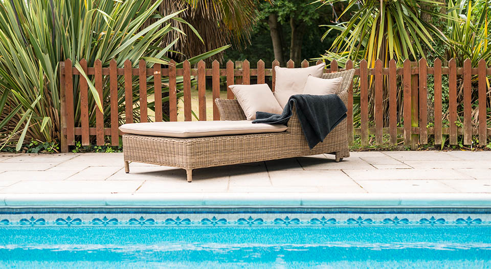 Mayberry Sun Lounger With Cushions